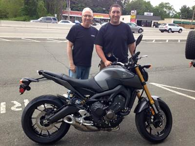 Steve with Paul picking up his new 2015 Yamaha FZ9