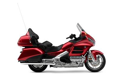 2016-honda_goldwing_navi_candy_red