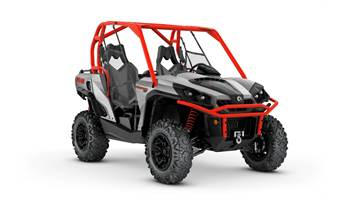 2018 Commander™ XT™ 800R Brushed Aluminum & Can-Am Red