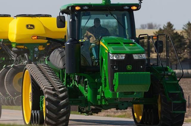 John Deere Row Crop Tractors