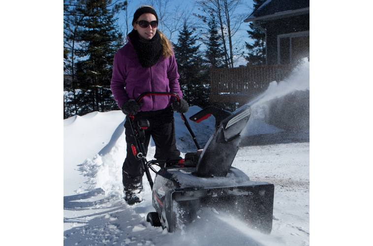 Single-Stage with SnowShredder™ Auger