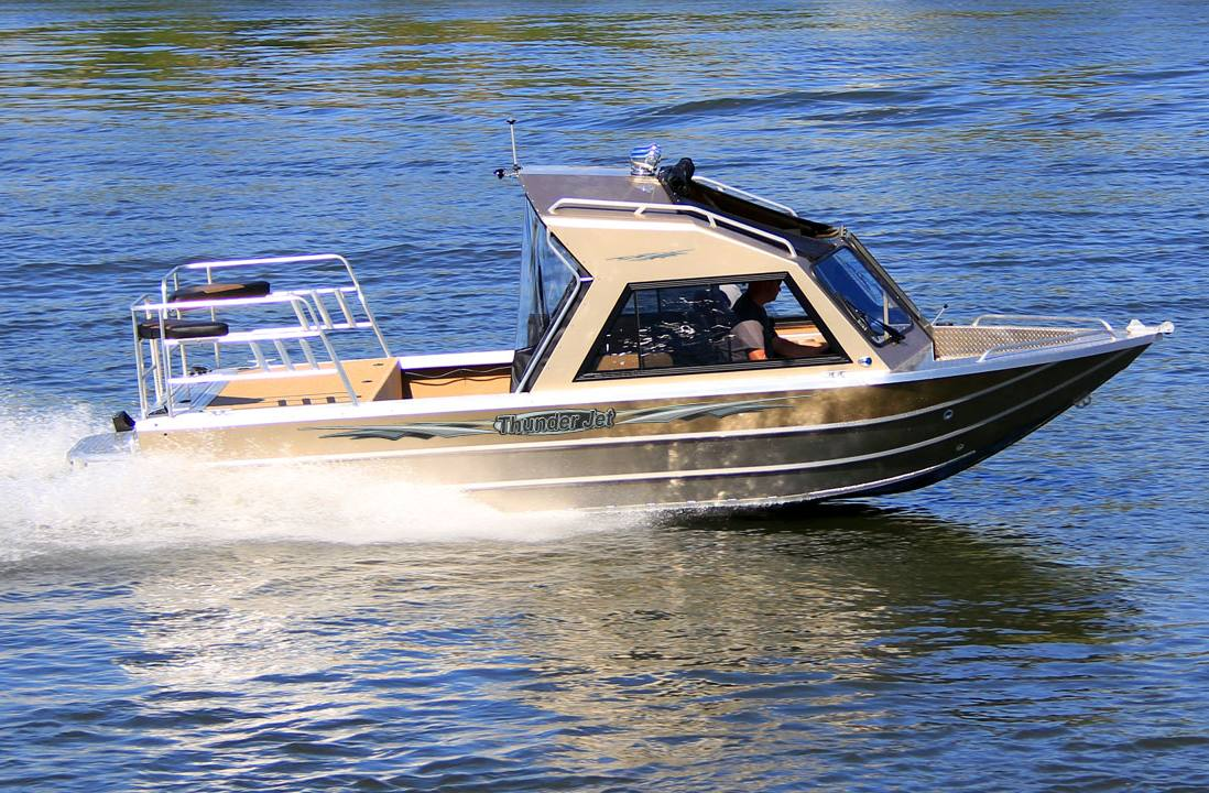 2017 Thunder Jet Alexis Classic for sale in Klamath Falls