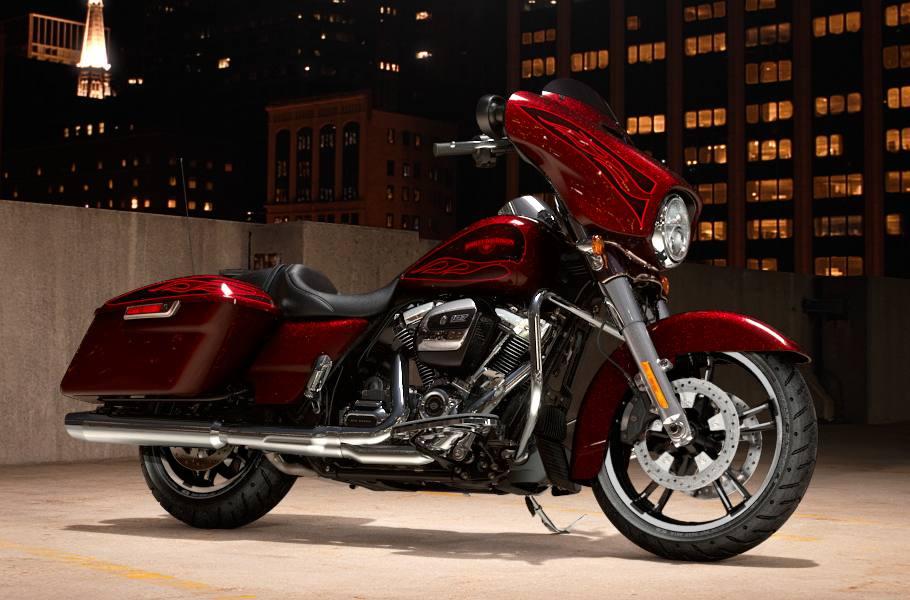 2017 Harley-Davidson® FLHXS Street Glide® Special - Hard