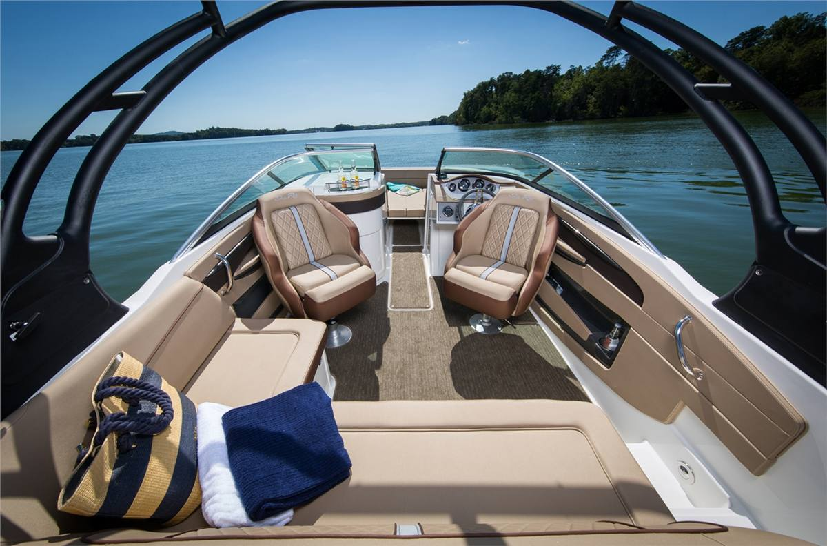 2017 Sea Ray SDX 220 Outboard for sale in St  Clair Shores