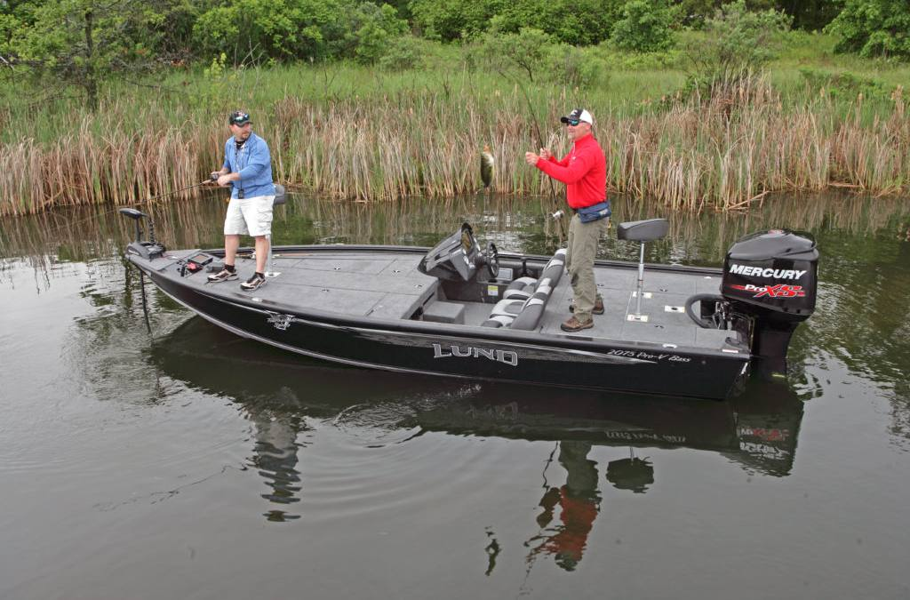 2017 Lund 2075 Pro V Bass - Bench Seating for sale in Traverse City