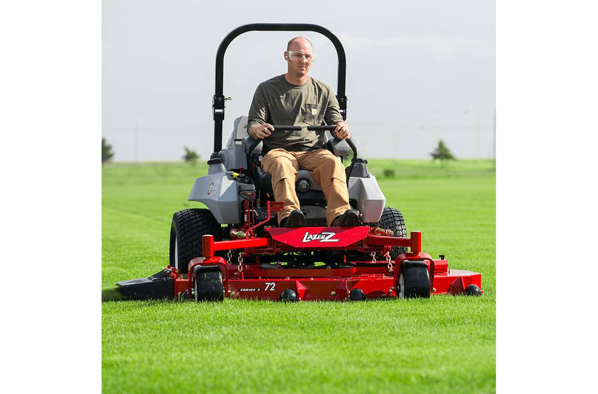 Lazer Z DS-Series Riding Mowers