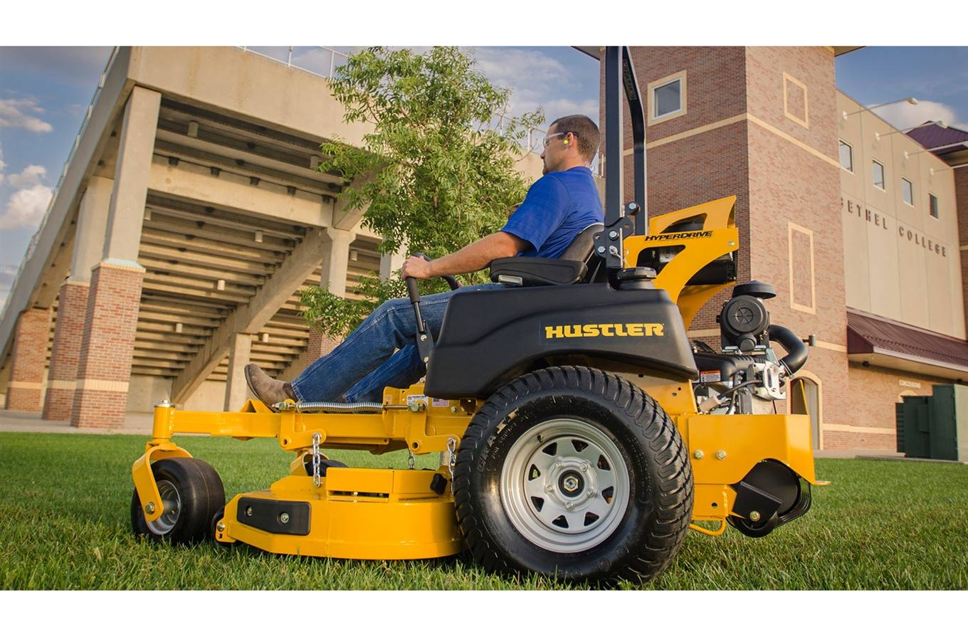 2017 Hustler Turf Equipment Super Z® HyperDrive® 60