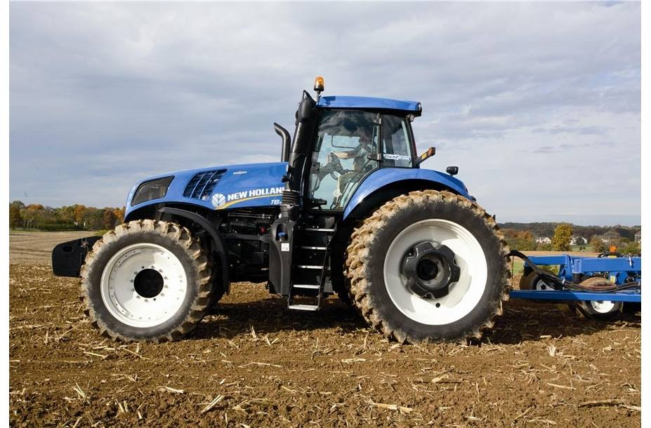 2017 New Holland Agriculture GENESIS® T8 Series – Tier 4B