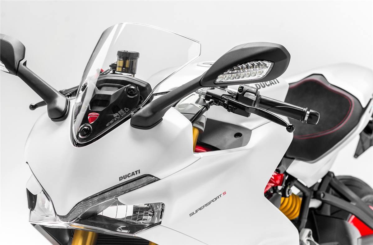2018 Ducati SuperSport S - Star White Silk