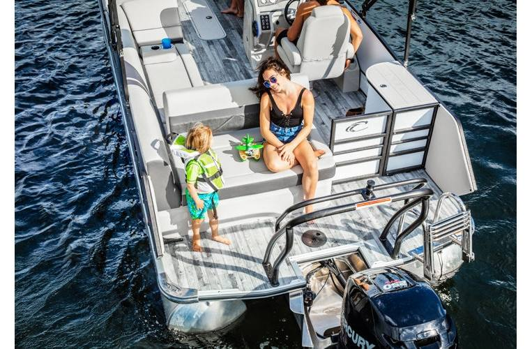 2018 Crest Pontoons Classic 230 SLS for sale in Mahopac, NY
