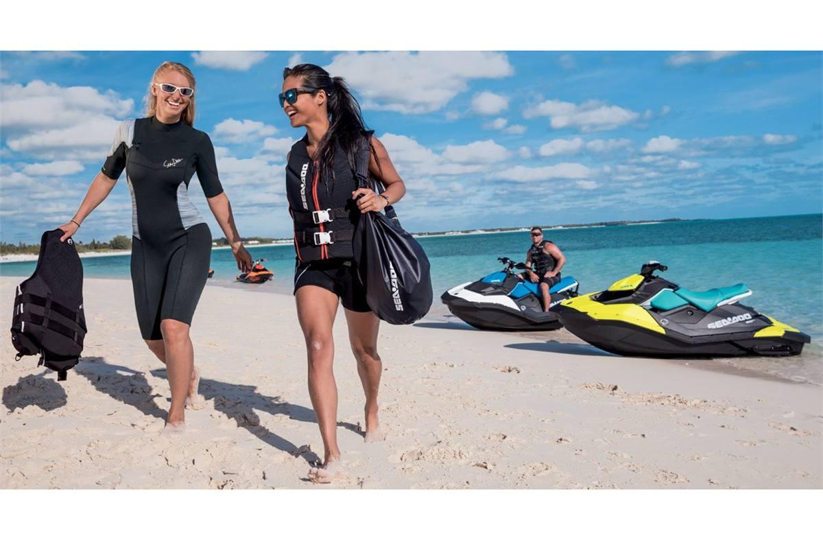 2018 Sea-Doo SPARK® 3up Rotax® 900 HO ACE™ w/ iBR®, Conv  Pkg