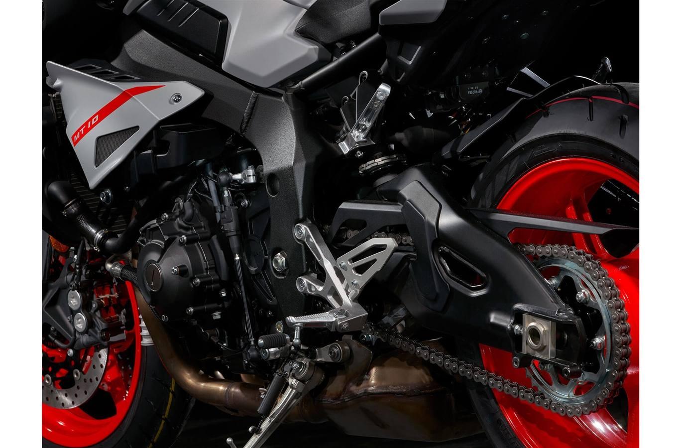 2019 Yamaha MT-10 - Matte Light Gray