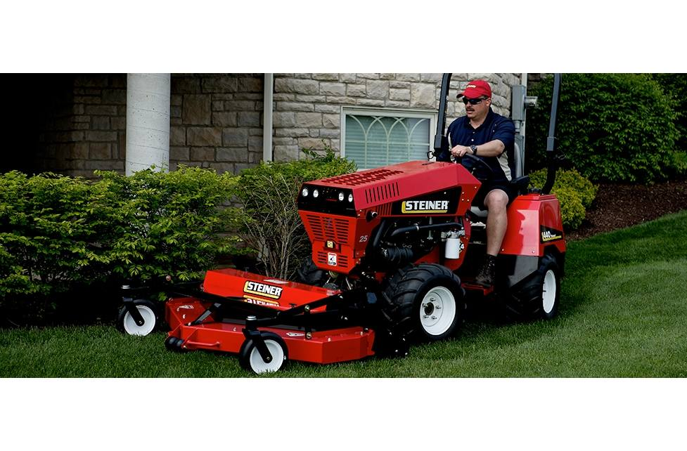 2018 Steiner Rotary Mowers Mulching/Rear Discharge with Flip-up Deck