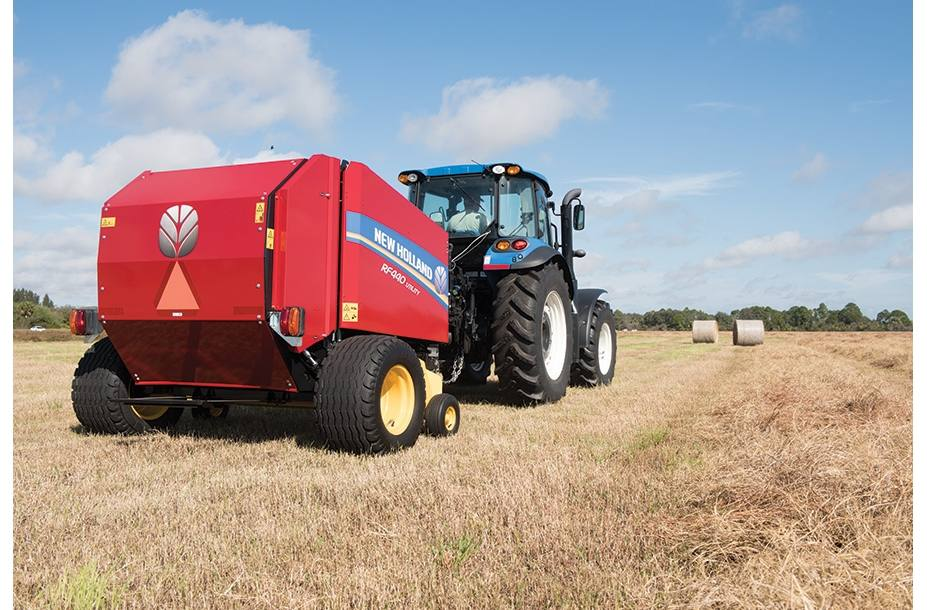 2018 New Holland Agriculture RF Fixed Chamber Round Baler RF440