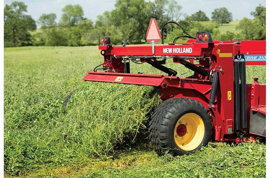 2018 New Holland Agriculture Discbine® Center-Pivot Mower