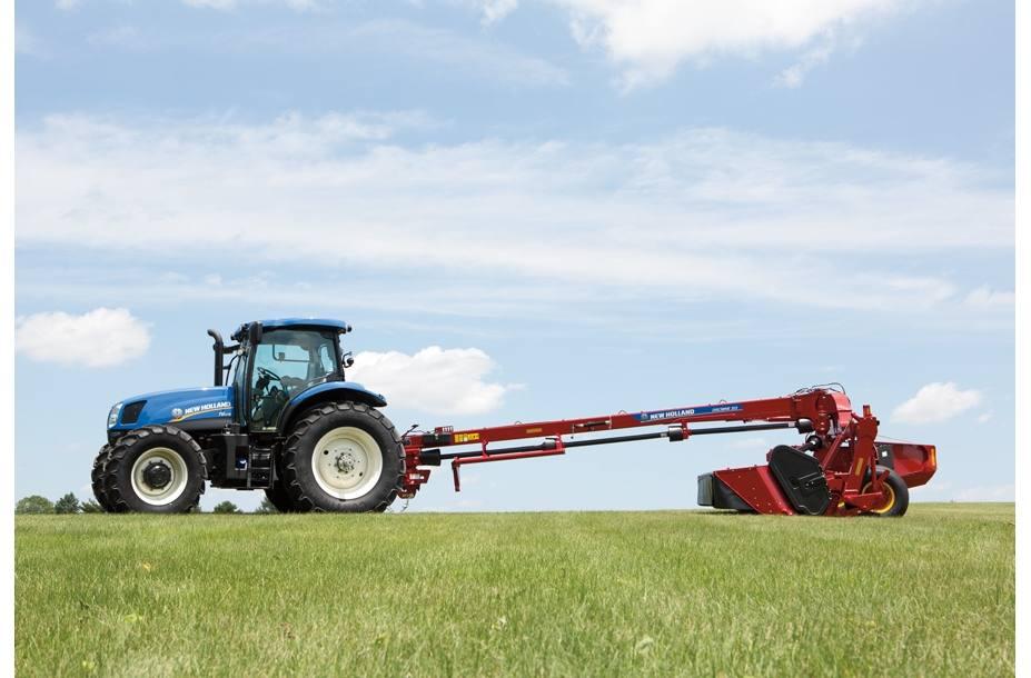 2018 New Holland Agriculture Discbine® Center-Pivot Mower-Con 316