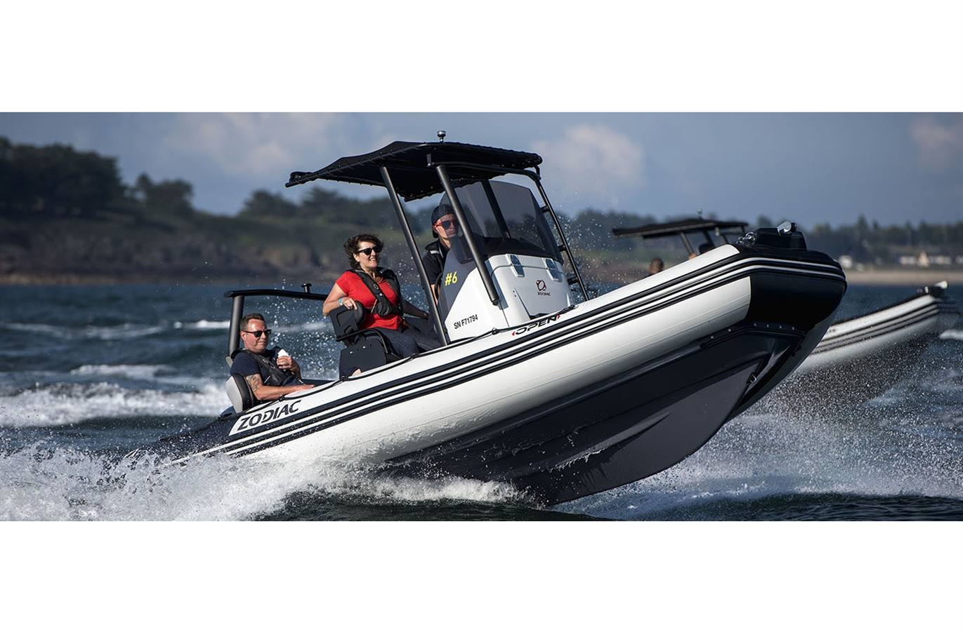 2018 Open 5.5 Zodiac Inflatable Boat Cruising Rough Water