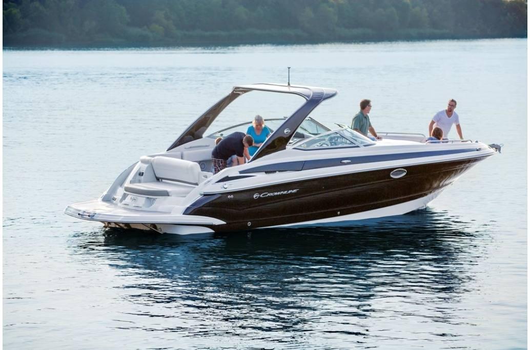 2019 Crownline 335 SS Bowrider Boat on Lake