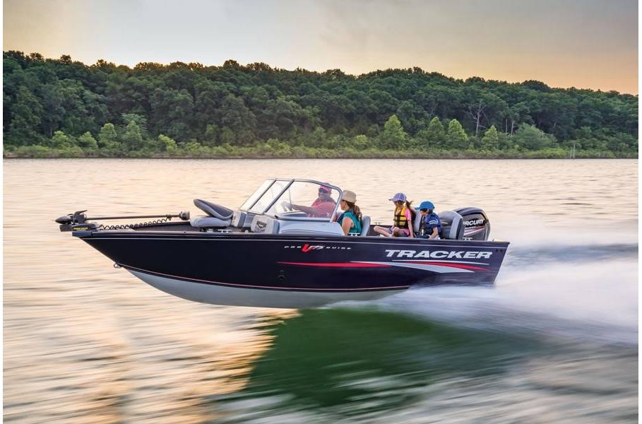 2019 Tracker Pro Guide™ V-175 Combo w/ 90 EXLPT FourStroke and Trailer