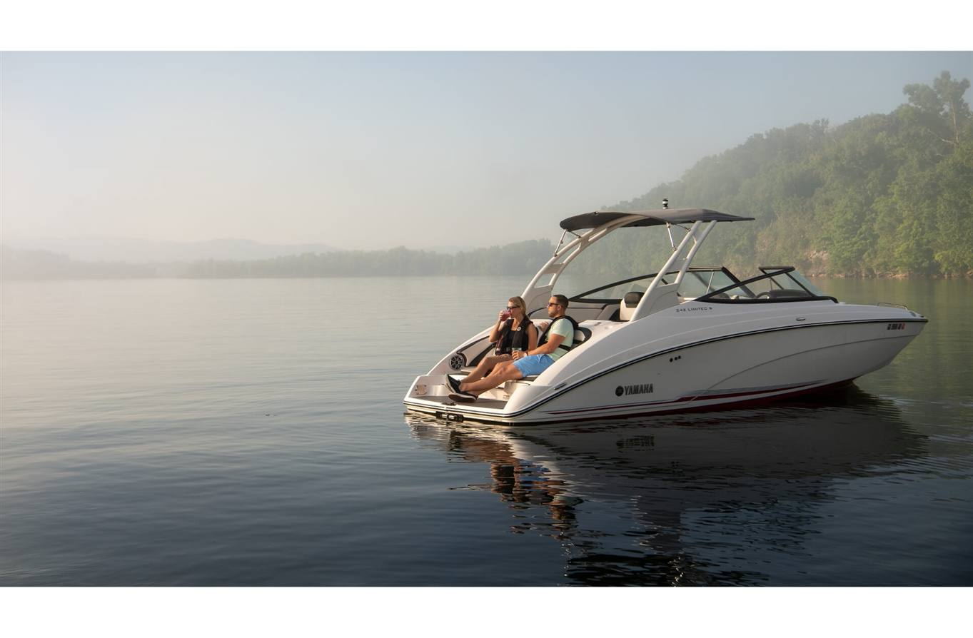 2019 Yamaha 242 Limited S For Sale In Osage Beach Mo Lake Of The Jet Boat Dual Battery Wiring Diagram Maple Red