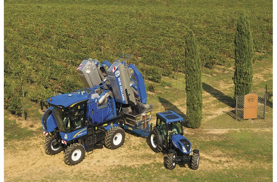 2019 New Holland Agriculture Braud High-Capacity Grape