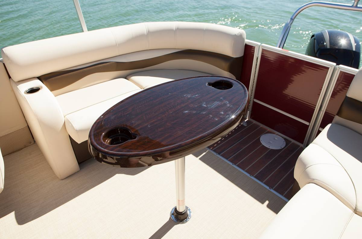 2015 Crest Pontoons Iii For Sale In Greenville Mi Nelsons Pontoon Boat Wiring Diagram Stock Image