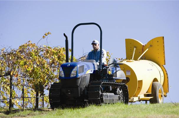 2015 New Holland Agriculture TK4000 Crawler Series - TK4050M