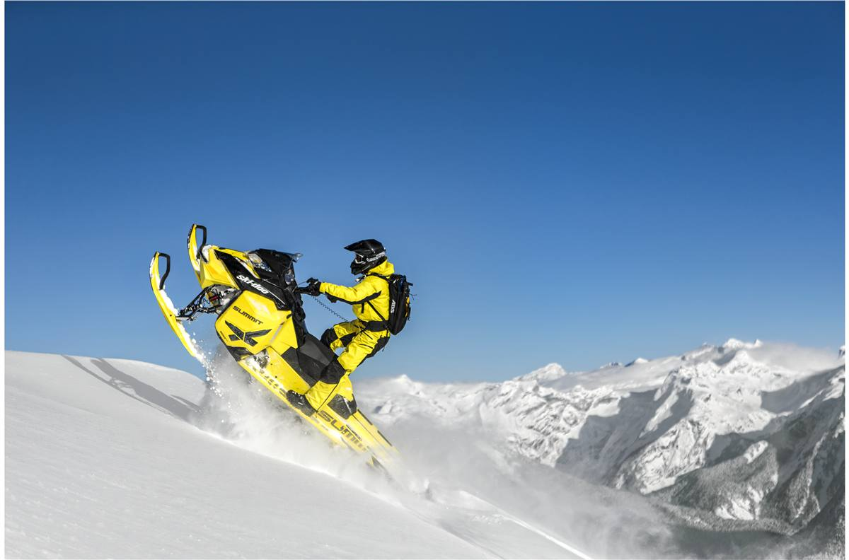 2016 Ski Doo Summit X With T3 Package 174 Yellow