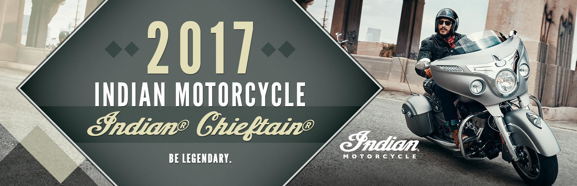 2017 Indian Motorcycle Indian® Chieftain®: Click here to view the model.