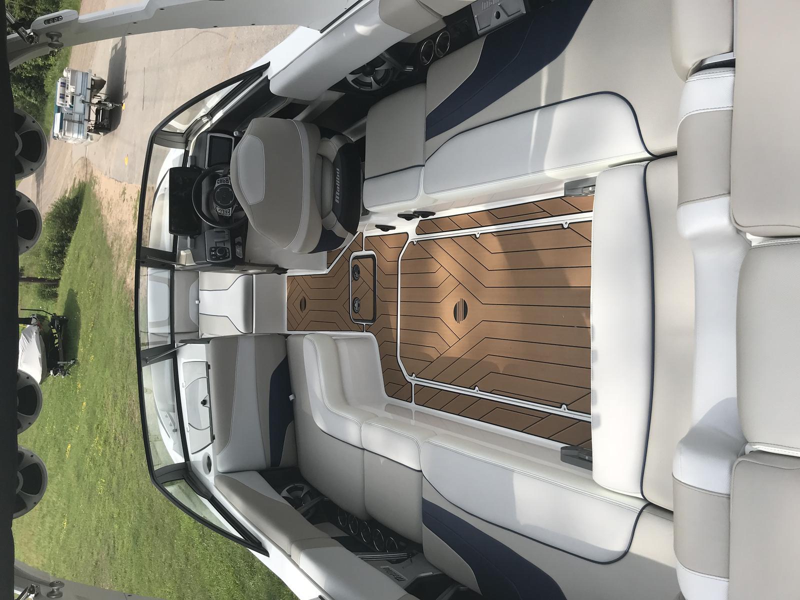 2018 Malibu Boats LLC Wakesetter 24 MXZ for sale in Minocqua