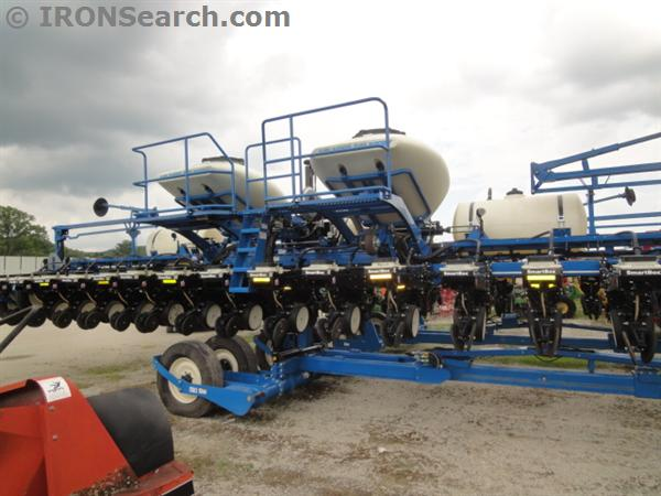 Kinze 3660 Planter For Sale In Chatfield Mn Chatfield Chatfield