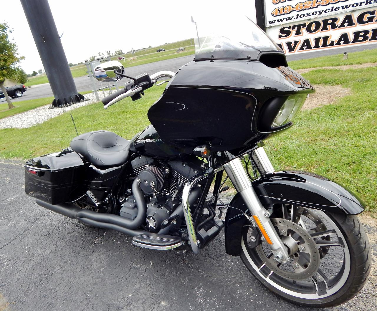 2015 Harley Davidson Fltrxs Road Glide Special For Sale In Tour Pack Dscn4245 1280x1056