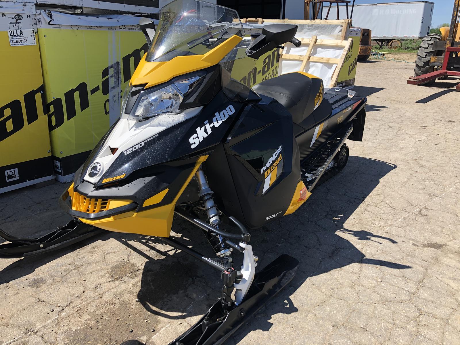 Used Snowmobile Len Ebert Sons Clintonville Wi 715 752 4428