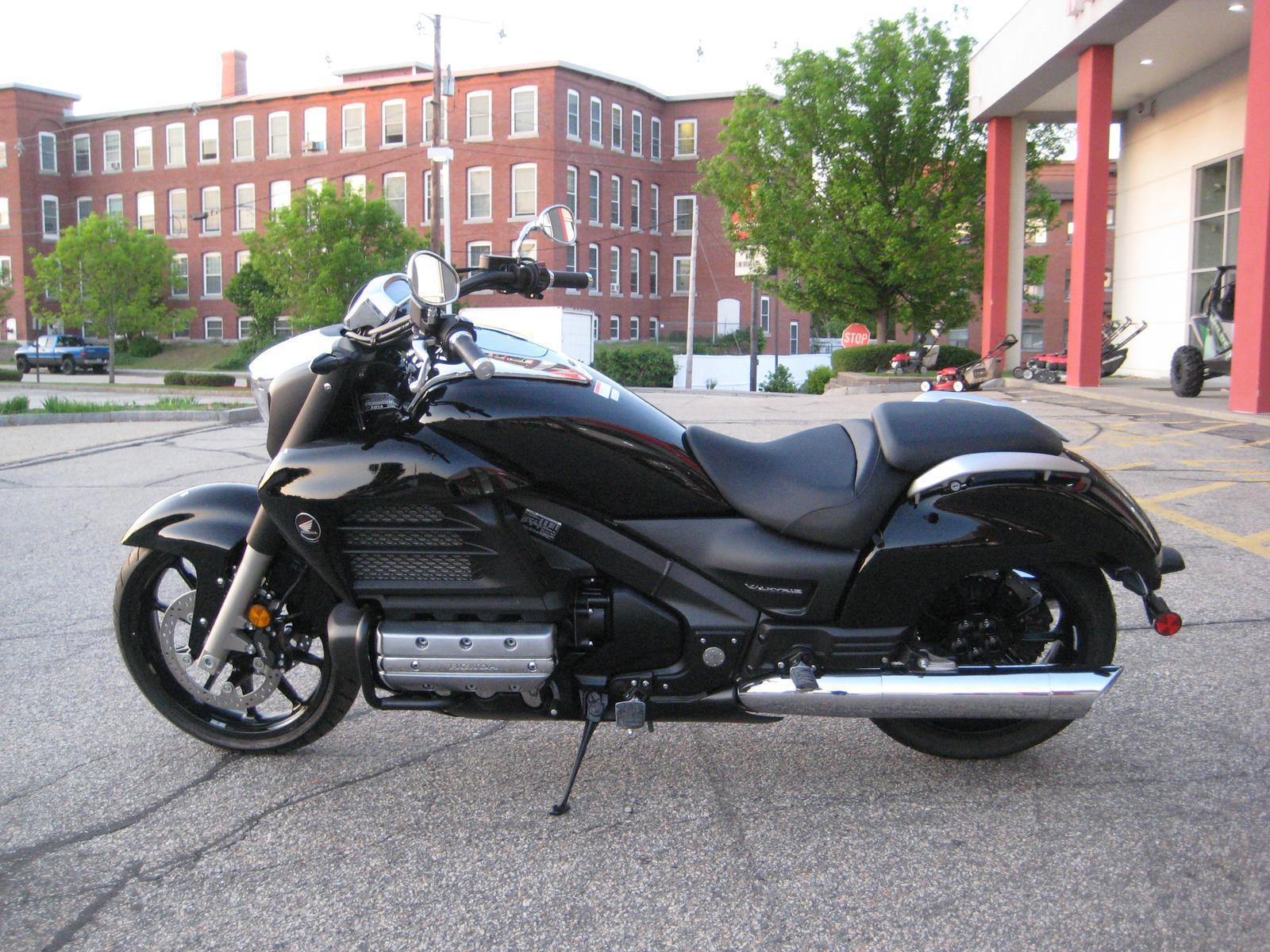 Inventory Nault's Powersports Manchester, NH (800) 366-7220