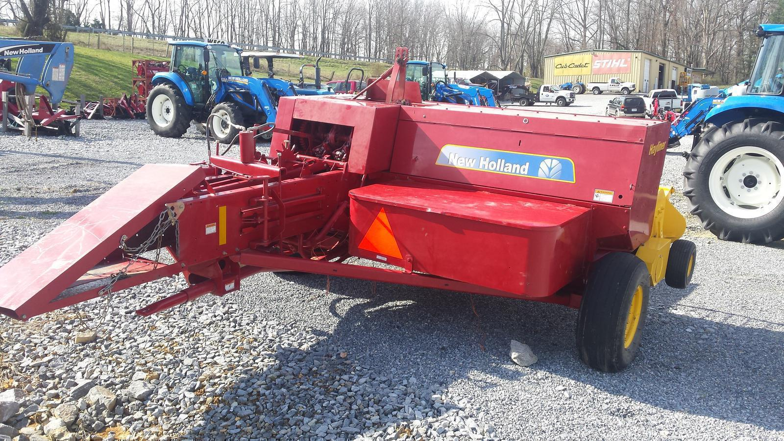 2015 New Holland Agriculture BC5070-Hayliner™