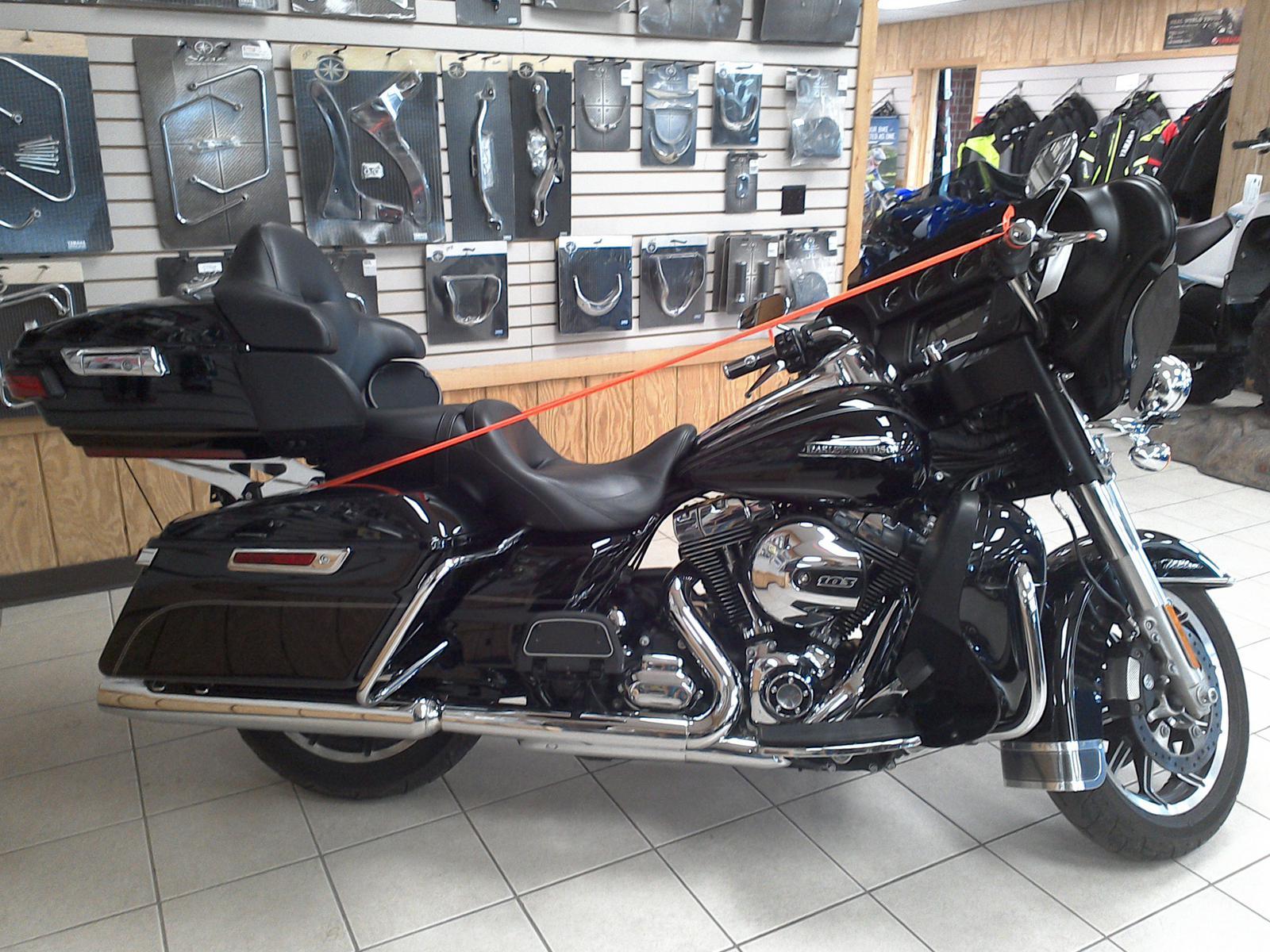 2015 Harley-Davidson® FLHTCU Electra Glide® Ultra Classic®
