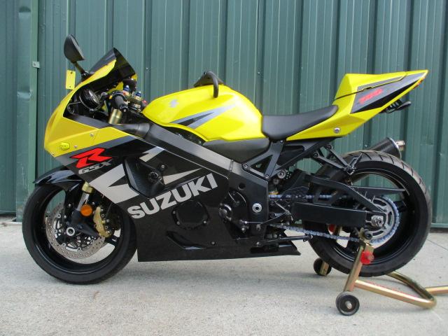 Suzuki Gsxr 750 >> 2004 Suzuki Gsxr 750 Very Nice Bike With Low Miles Some Extras