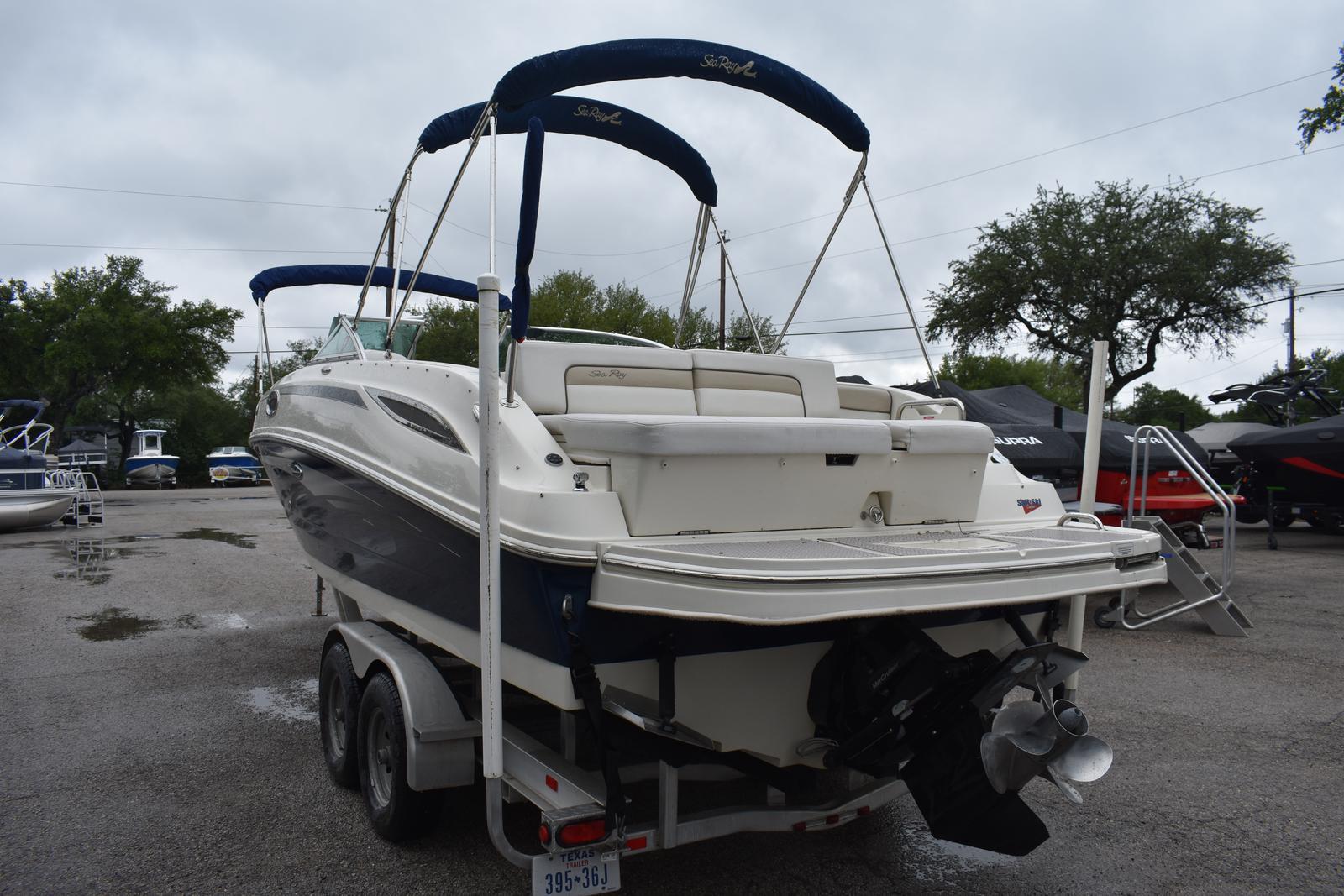 2010 Sea Ray 280 Sundeck Boat