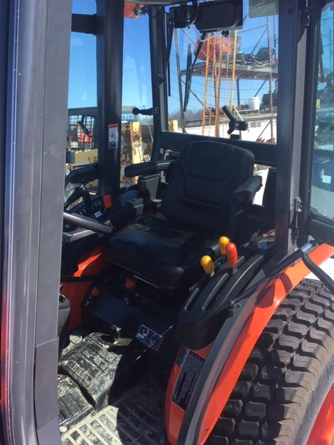 2008 Kubota B3030HSDC Compact Tractor with Cab