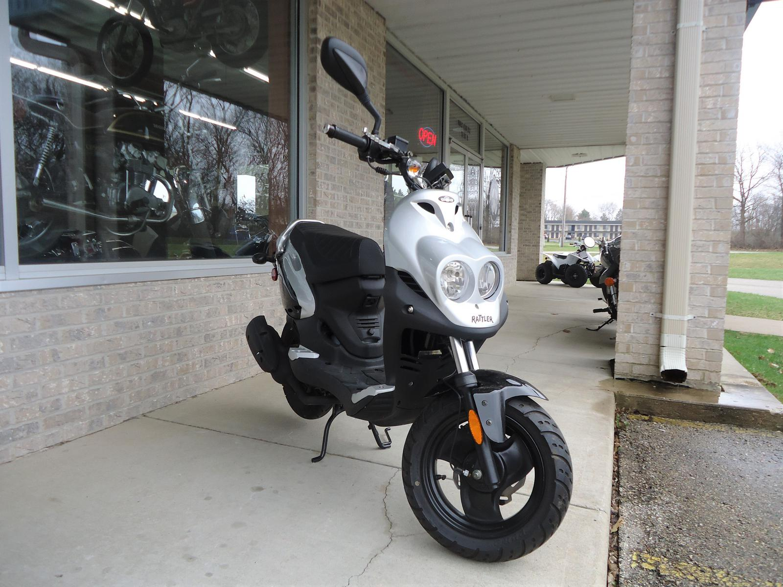 2009 Genuine Scooter Company Rattler 110