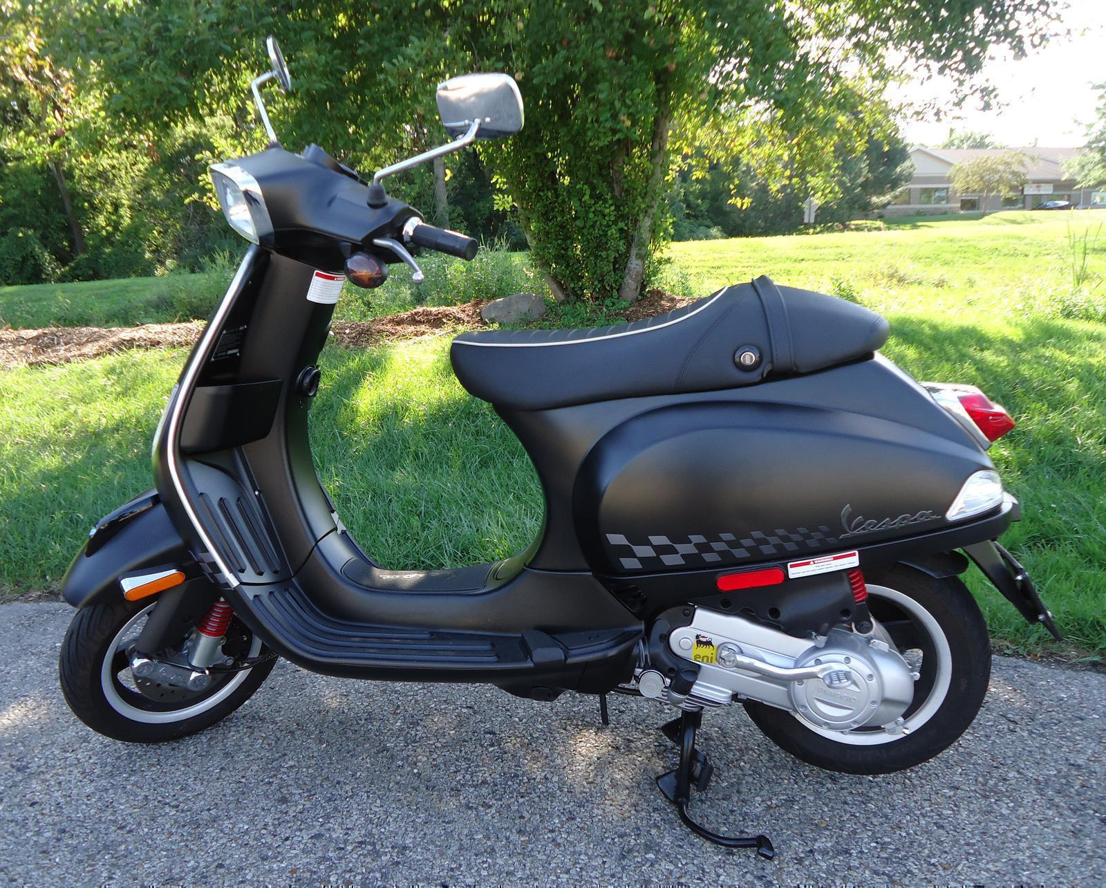 2017 Vespa S50 Sport Scoot Jockeys