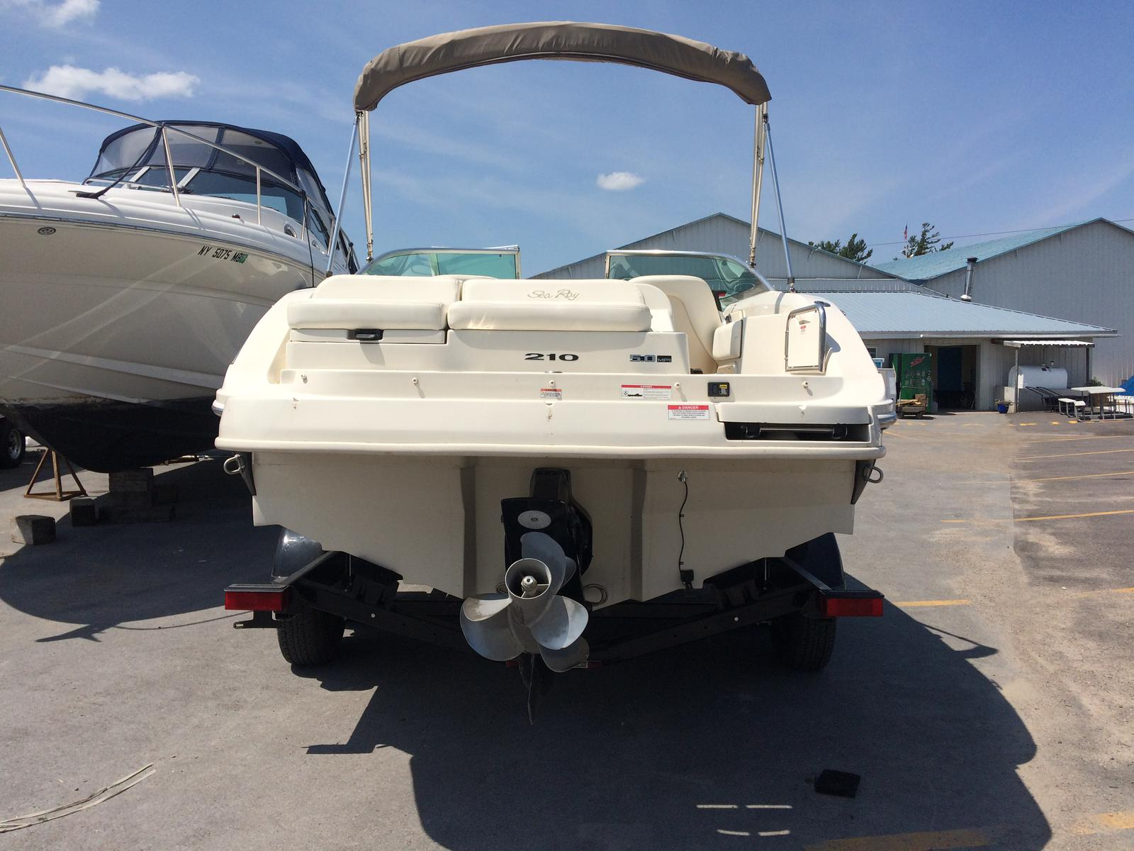 2008 SEA RAY 210 SUNDECK for sale