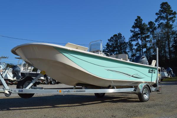 2016 carolina skiff 218 dlb for sale in fort walton beach fl rh legendarymarine com Carolina Skiff DLV Carolina Skiff J-14