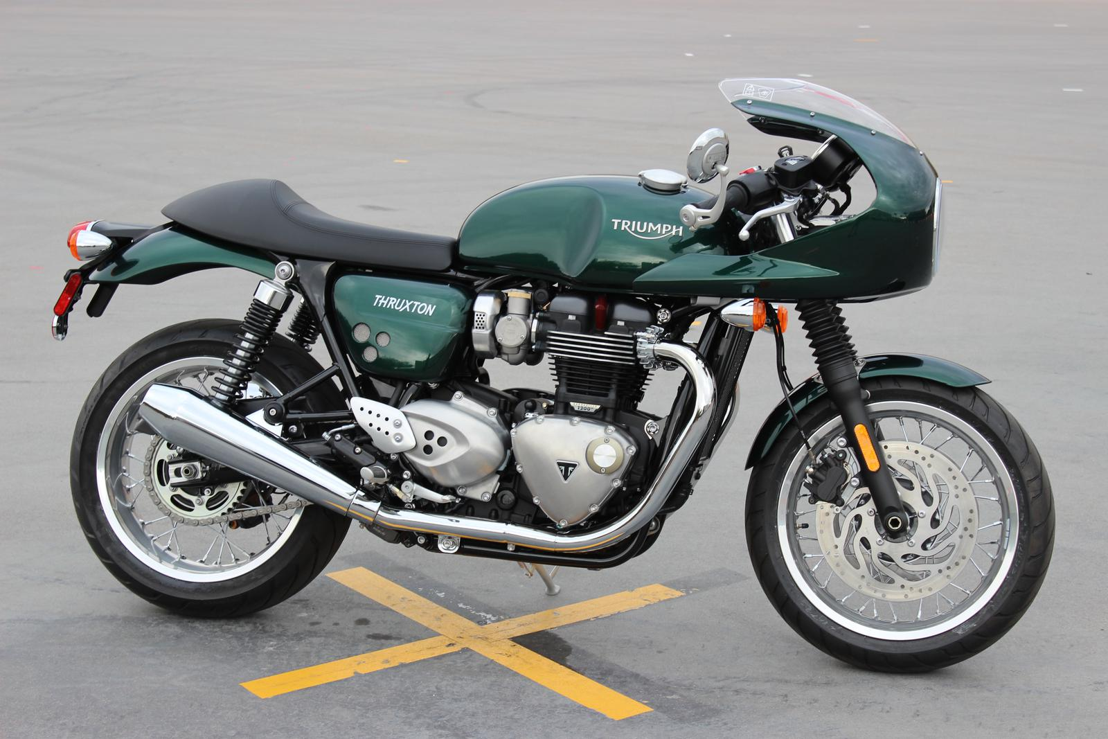 2017 Triumph THRUXTON 1200 Green (2)