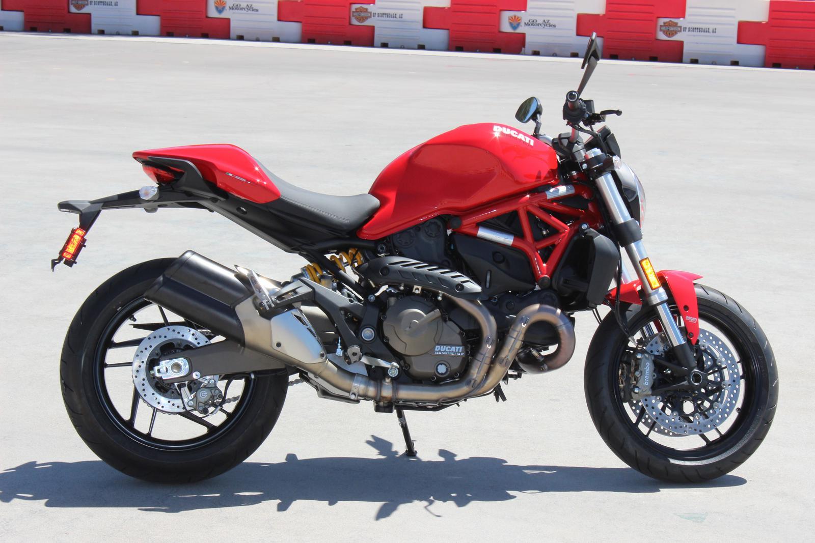 2017 Ducati MONSTER 821 (21)