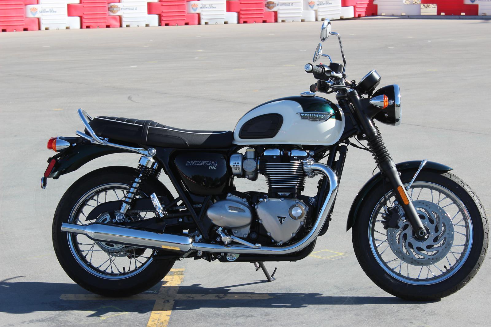 Triumph Bonneville T120 Motorrad Bild Idee