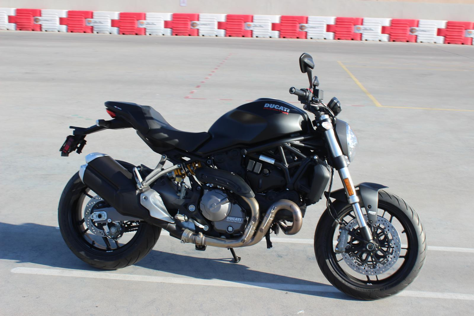 2018 Ducati Monster 821 - Dark Stealth / UP TO $750 IN FREE ...