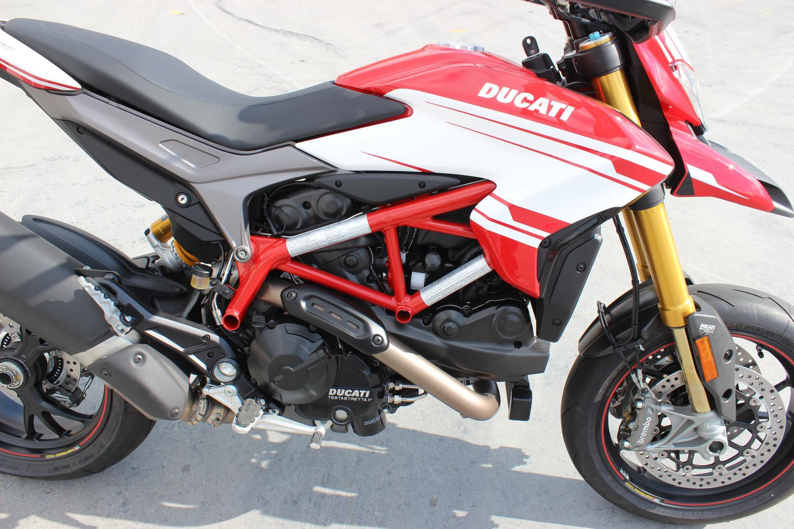 2018 Ducati Hypermotard 939 SP (12)
