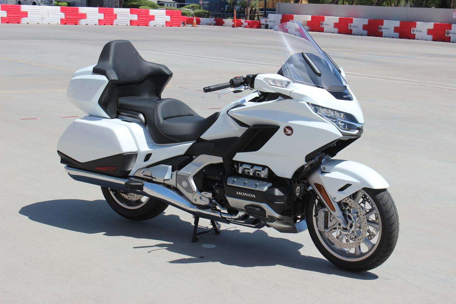 2018 Honda Gold Wing Tour Pearl White For Sale In Scottsdale Az