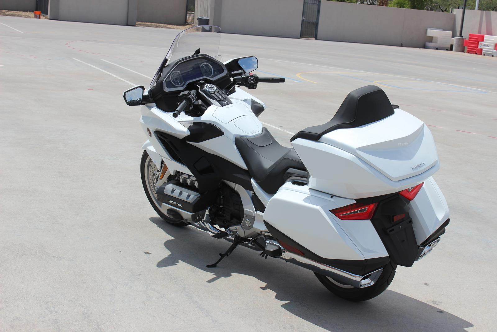 2018 Honda Gold Wing Tour Dct Pearl White For Sale In Scottsdale